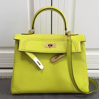 Luxury Replica Hermes Kelly Ghillies 28cm In Yellow Swift Leather