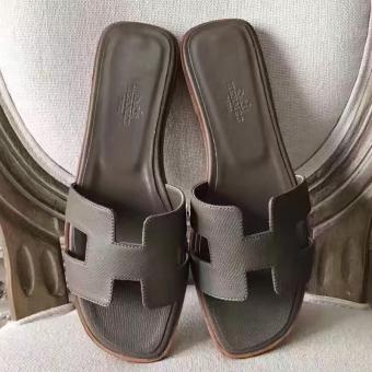 Hermes Oran Sandals In Etoupe Epsom Leather Replica