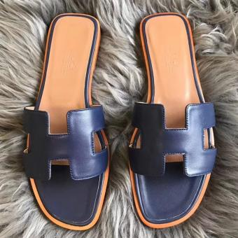 Perfect Hermes Oran Sandals In Navy Swift Leather