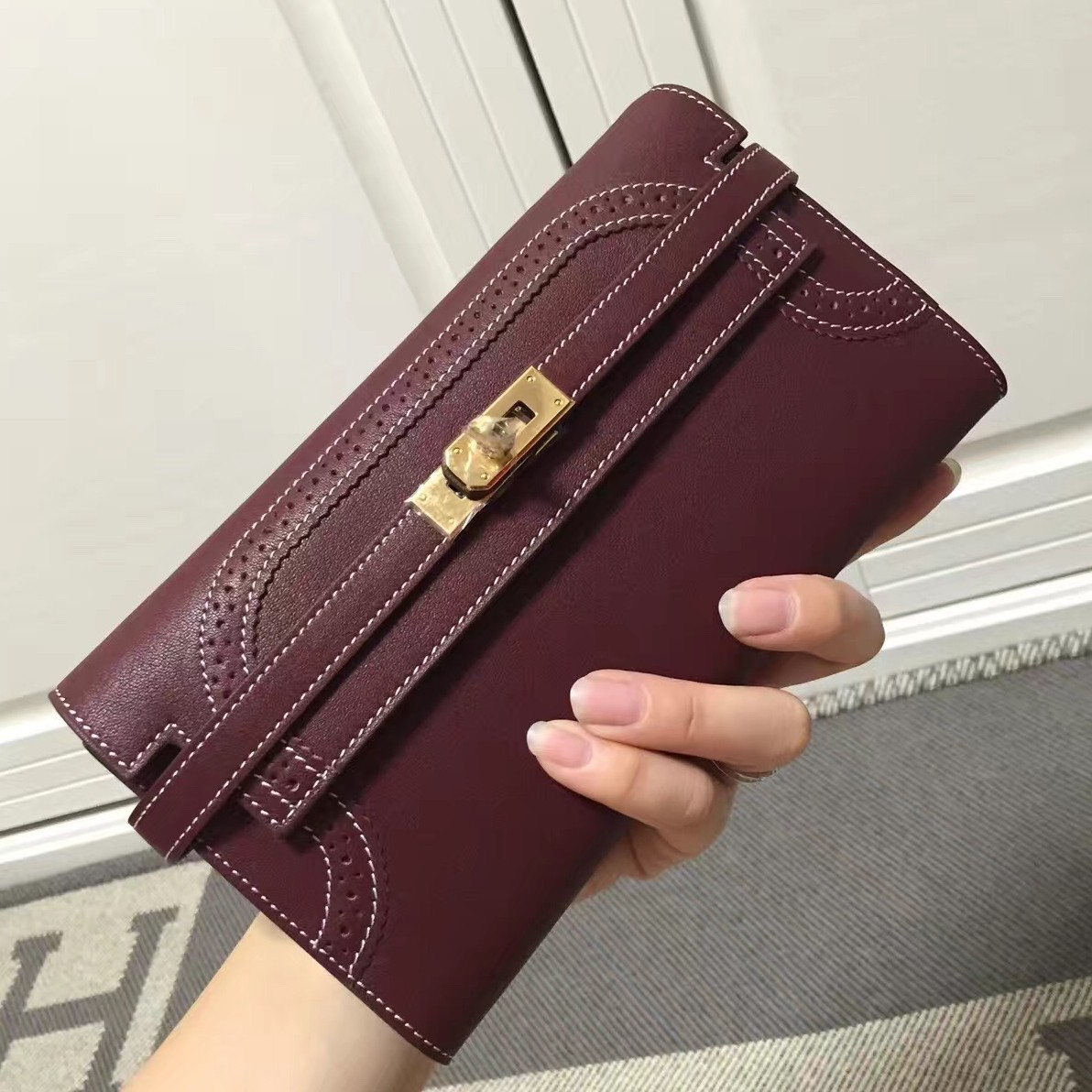 Replica High Quality Hermes Kelly Ghillies Wallet In Bordeaux Swift Leather