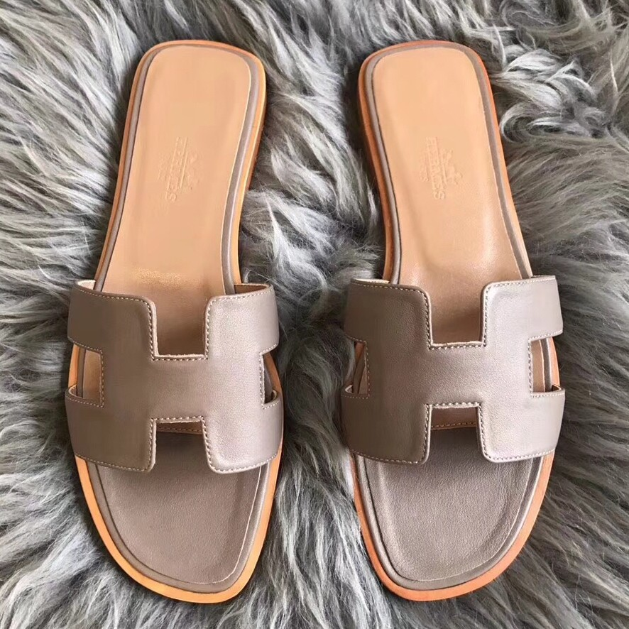 Hermes Oran Sandals In Taupe Swift Leather Replica